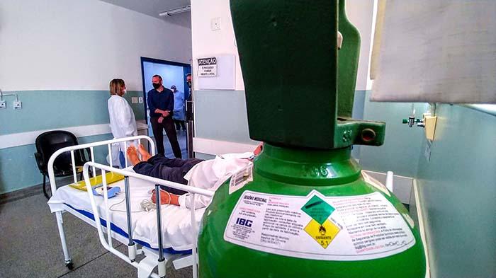 Unidade oferece 25 leitos de enfermaria exclusivos para pacientes da Covid-19